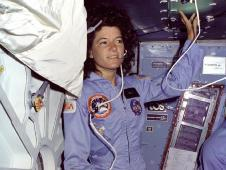 Ride floats on the shuttle Challenger&#39;s<br /> mid-deck during her historic STS-7 flight<br /> in 1983. Credit: NASA<br /> <a href=' http://www.nasa.gov/topics/people/galleries/ride.html' class='bbc_url' title='External link' rel='nofollow external'><strong class='bbc'><span style='color: #0000FF'> �View Photo Gallery</span></strong></a>