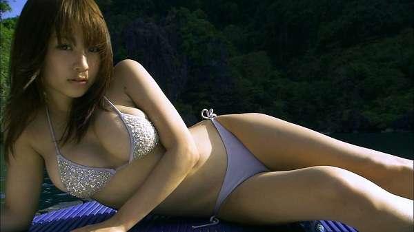Bikini Beach Angels : Mai Nishida (2009)